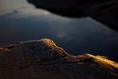 Golden line (- David Olsson -) Tags: sunset oktober sunlight abstract nature water closeup landscape 50mm golden nikon october rocks warm sundown sweden outdoor cliffs karlstad handheld f18 18 50 vnern d800 wideopen 2015 skutberget