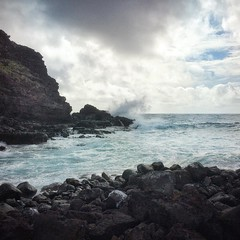 Kaiwi coastline trail reward (Remember To Breathe) Tags: ocean hawaii lava waves bluewater splash lavarocks