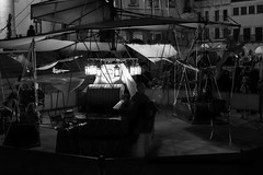 Carrusel (Eduardo Estllez) Tags: espaa noche personas nocturna plazamayor mercadomedieval tiovivo carrusel 2014 extremadura caceres atraccion eduardoestellez estellez mercadodelastresculturas