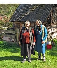ladies and pig (ochils) Tags: romania outstandingforeignphotographersvisitingromania