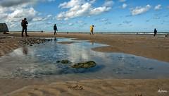 cap Blanc Nez 3 (noenkelMi) Tags: sea france beach silhouette clouds strand puddle waves meadow noordzee wolken zee northsea fields frankrijk zon plas capblancnez golven plassen velden
