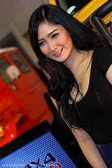Manila Auto Salon 2014 (jecstrike) Tags: girls hot cars babes carshow