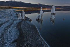 _MG_5501 (miriamtennephotography) Tags: california sunset monolake reflaction tuffa