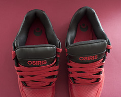 Osiris Pixel (kikfoto) Tags: red black sneakers laces redbackground osirisshoes osirissneakers osirispixel osirisskateshoes