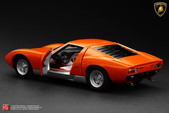 Lamborghini Miura SV (JOJO BEE - DIECASTCARSGROUP) Tags: art scale sports movie miniature model italian signature grandfather super full replica opening intro granddaddy job lamborghini functional sv fully benchmark v12 143 excellence diecast miura veloce autoart