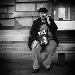 call (Erwin Vindl) Tags: vienna bw monochrome call candid streetphotography em10 blackanswhite streettogs erwinvindl olympusomd