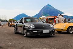 Porsche 911 Turbo (Jeferson Felix D.) Tags: camera brazil rio brasil riodejaneiro canon de photography eos photo foto janeiro 911 turbo porsche fotografia porsche911 997 porsche911turbo 18135mm porsche997 60d porsche911turbo997 worldcars canoneos60d
