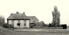 The Farmhouse. (pstone646) Tags: blackandwhite tree nature monochrome architecture farmhouse buildings kent view farm dwelling