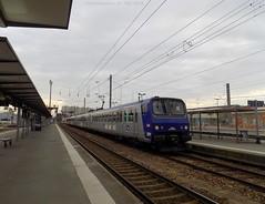 Z9604 Bretagne + Z913 Pays de la Loire (ChristopherSNCF56) Tags: de la gare bretagne trains loire pays z2 rennes sncf ter autorail z9600