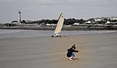 Like a Bird (royan-tourisme) Tags: beach child wind ligthouse stgeorgesdedidonne royanatlantique