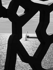 Les dentelles du Mucem (Hlne_D) Tags: sea mer lighthouse france museum boat marseille muse paca aviary provence bateau phare mediterraneansea vieuxport voilier mditerrane sailingboat bouchesdurhne mermditerrane provencealpesctedazur diguedularge mucem musedescivilisationsdeleuropeetdelamditerrane hlned diguesaintemarie diguestemarie feudelajoliette