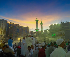 1417 - Waiting For Maghrib Prayer (@ris_@bdullah ) Tags: people crowd masjidilharam