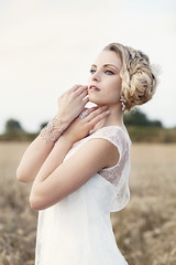Shirley (MarionVolant) Tags: blue wedding portrait woman girl beauty field vintage hair photography eyes photographie pastel femme makeup bijoux marion yeux bleu blond blonde shooting jewels maquillage champ coiffure bl volant