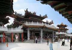 The temple of the goddess Tian Hui - Robson Heights - high ground - Colalambur - By Amgad Ellia 01 (Amgad Ellia) Tags: by temple high tian goddess ground robson heights hui amgad ellia the colalambur