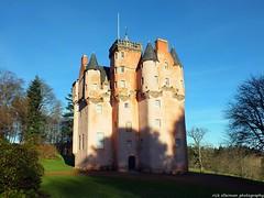 Craigievar Castle (Rick Ellerman) Tags: uk castle scotland aberdeenshire picasa scottish aberdeen finepix fujifilm craigievar craigievarcastle hs30 hs30exr