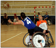 Basket - 14 (Jose Juan Gurrutxaga) Tags: basketball basket wheelchair silla salto saskibaloia baloncesto trescruces berabera adaptada file:md5sum=8fdb8508ac31b1301c7a0a41fb729615 file:sha1sig=cd6491df672747e0e4fffddecf996e773fccc7af