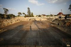 195. Еп. Арсений на строительстве храма в г.Святогорске 2009 г