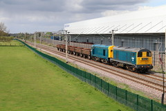 IMG_1201 (JMPhotography2016) Tags: train canon railway class lane swanage 60 hst daventry greatwestern gbrf d182 norfoft didcotparkwaydidcotpowerstationclass66class90jmphotography2012dbshenker 500355580throughdenchworthwith0z48bristolstpillipsmarshtoswanage 66757leadsd213