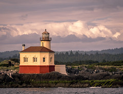 Coquille River Lighthouse at Sunset.jpg (Eye of G Photography) Tags: usa oregon waves jetty places pacificocean northamerica bandon rockformations skyclouds coquilleriver coquillelighthouse