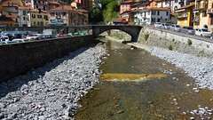 Semi Dry River Bed - Argegno - Lake Como Italy (Gilli8888) Tags: bridge windows italy lake cars water truck river rocks arch riverbed lakecomo lombardia lombardy archbridge argegno