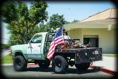 I HEAR AMERICA SINKING (akahawkeyefan) Tags: truck lights us 4x4 flag redneck flatbed kingsburg davemeyer lotsoffreakinglights