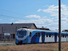 Stacja kolejowa w Dblinie / Railway station in Deblin (darkadi1) Tags: station poland polska railway olympus railwaystation dblin kolejowa stacja stacjakolejowa mzuiko m45mm epl6
