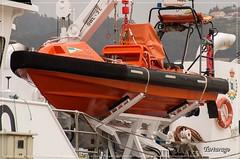 En el pescante (Tartarugo) Tags: espaa primavera june de puerto spring spain barca day barco ship pentax sunday dia galicia porto rainy junio domingo vigo k5 iis lluvioso 2016 tartarugo
