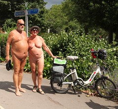 IMG_5437 (London Diver) Tags: world ladies people men bike bicycle naked nude cycling tits ride boobs outdoor rally protest demonstration cycle biking topless oil busty chelmsford 2016 wnbr chelmsfordworldnakedbikeride2016