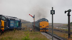 Rainy Day Going Away (Richie B.) Tags: english electric rail trains class cumbria british 37 northern services direct sellafield drs 37259 37423 2c40