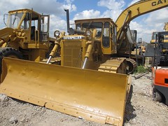 CAT D6D (Kitmondo.com) Tags: colour building industry yellow metal cat truck work photo big construction industrial factory technology tech image outdoor working large machine mining equipment caterpillar machinery infrastructure vehicle labour kit heavy plough scoop heavymachinery construct heavyduty