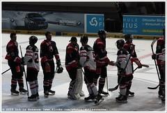 Canada vs Slowakia: Game over (Dit is Suzanne) Tags: germany munich mnchen 1 26 10 5 icehockey 9 28 20 duitsland eishockey olympiahalle kevinclark ijshockey views100   img2153 connorjames canoneos40d  brettfesterling olympiaeisstadion sigma18250mm13563hsm 07112014 deutschlandcupeishockey2014 canadaslowakia ditissuzanne  radekdeyl marekciliak marekiliak canadaslowakije romantomnek romantomanek canadaslowakien jurajmik