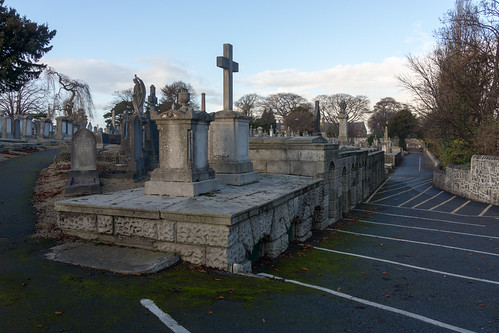 Mount Jerome Cemetery & Crematorium is situated in Harold's Cross Ref-100403
