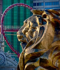 Leo the MGM Lion (scattered1) Tags: las vegas statue hotel leo lasvegas nevada lion grand casino resort mascot nv strip roller rollercoaster mgm coaster stylized mgmgrand 2014 lasvegasstrip
