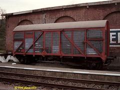 5190-048780 (VDKphotos) Tags: wagon belgium cfl wallonie cfv3v