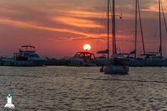 Red ball (hartp) Tags: ocean light red rot licht meer ship sonnenuntergang sundown croatia schiff novigrad 2014 kroatien umag hartp