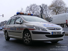 Police Nationale | Peugeot 307 SW (spottingweb) Tags: france car cops border police security voiture cop vehicle 17 spotted van secours peugeot spotting policeman urgence 307 intervention paf policier spotter scurit frontire vhicule peugeot307 policenationale forcedelordre gyrophare mercura spottingweb copvancar