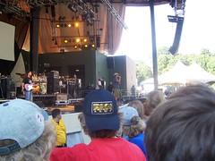 115 (7beachbum) Tags: musicians brooklyn concert livemusic prospectpark michaelfranti jambands concertgoers brooklynnewyork michaelfrantiandspearhead michaelfrantispearhead