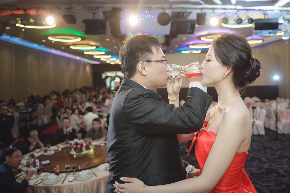 婚禮攝影-台南情定婚宴城堡永康館-51