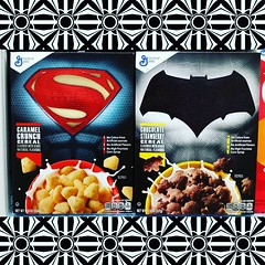 I really want these, they'd look superb in my #mancave...but the exorbitant price tags slapped on 'em kinda dampened my intentions.... #generalmills #generalmillscereal #batmanvssuperman #dawnofjustice #cereals #rebelstoyvault (rebelwithcauses) Tags: cereals generalmills mancave batmanvssuperman generalmillscereal dawnofjustice rebelstoyvault