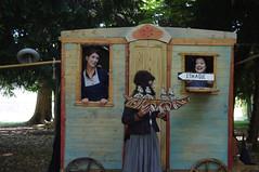 """Drôme, Montéléger, parc de Lorient, """"Sorcières""""  théâtre forain et burlesque (David Miocène) Tags: de la fugue sorcières comapgnie"""