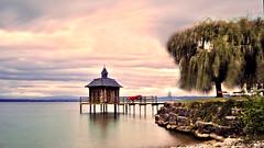Le Bain des dames (Fabrice1965) Tags: suisse switzerland suiza neuchtel chezlebart gorgier paysage plage ponton nature nuages ciel pose longue couleurs 2014 nikon d90 photo extrieur calme eau