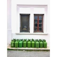 Kıbrıs'ın tüpleri 😊 #tüpcügeldi #tüp #tüpcü #yeşil #kktc #kıbrıs #kyrenia #girne #cyprus #cypruskyrenia #tube #tank #gas #σωλήνας #tubus # Rohr #koop #kooptube #kooptüp #green