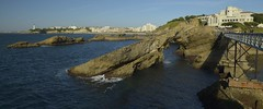 Au rocher de la Vierge à Biarritz (Michel Seguret Thanks for 15 M views !!!) Tags: france aquitaine pyrénéesatlantiques paysbasque euskalherria euskadi été summer michelseguret nikon d800 pro report reportage euskal