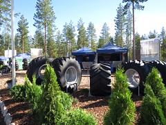 Trelleborg at FinnMETKO! (TrelleborgAgri) Tags: forestry range twin t440 t480 skidder finnmetko finland tires