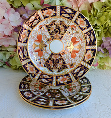 Royal Crown Derby Traditional Imari Dessert Pie Plates Cobalt Rust Gold (Donna's Collectables) Tags: royal crown derby traditional imari dessert pie plates cobalt rust gold thanksgiving christmas