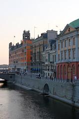 Strmgatan, Stockholm (AyaxAcme) Tags: europa europe sweden stockholm schweden sverige scandinavia hdr estocolmo stoccolma suecia bron riksbron escandinavia tonemapped canon60d strmgatan canoneos60d eos60d hdrworldsweden