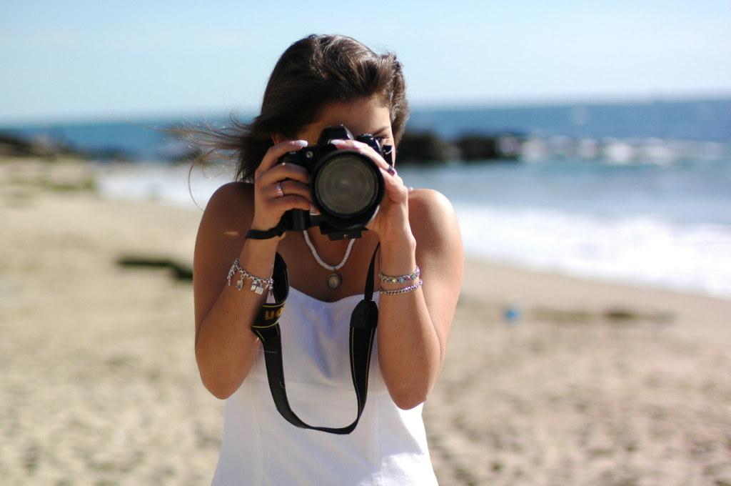 Bảo quản máy ảnh đi biển