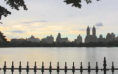 The Reservoir (hansn (2+ Million Views)) Tags: city sunset usa newyork water skyline architecture centralpark reservoir vatten arkitektur solnedgng thereservoir jaquelinekennedyonassisreservoir