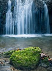 Autumn cascade (stefan.bueti) Tags: green water stone forest leafs cascade autmn landcape beautyofnature