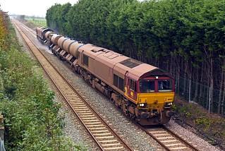 66140 T&T 66053 at Metheringham on 29 Nov 14.